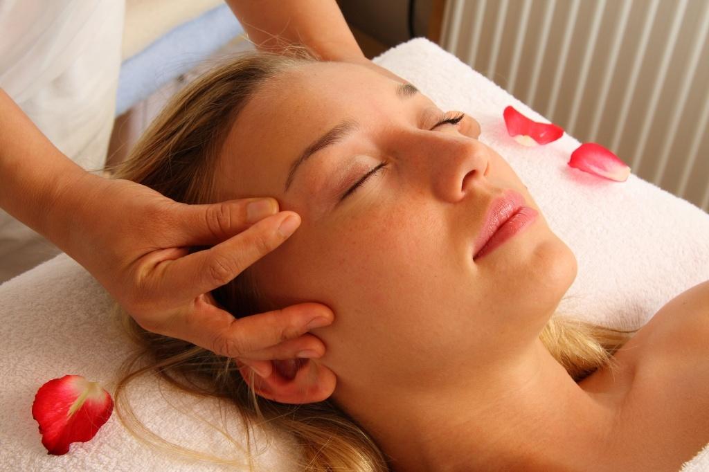 Thai massage Fyn petra Nagel